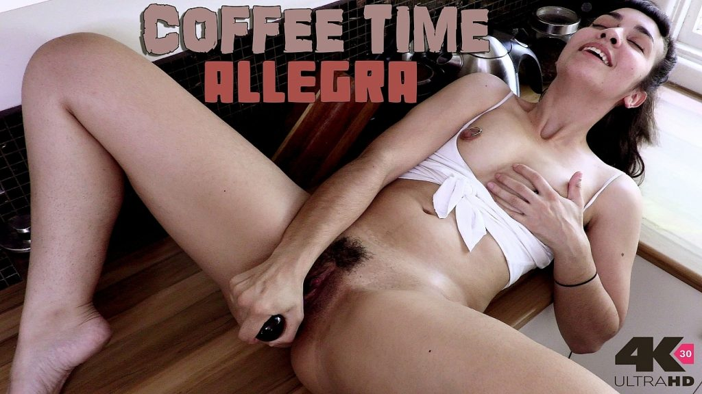 girls out west allegra coffee time